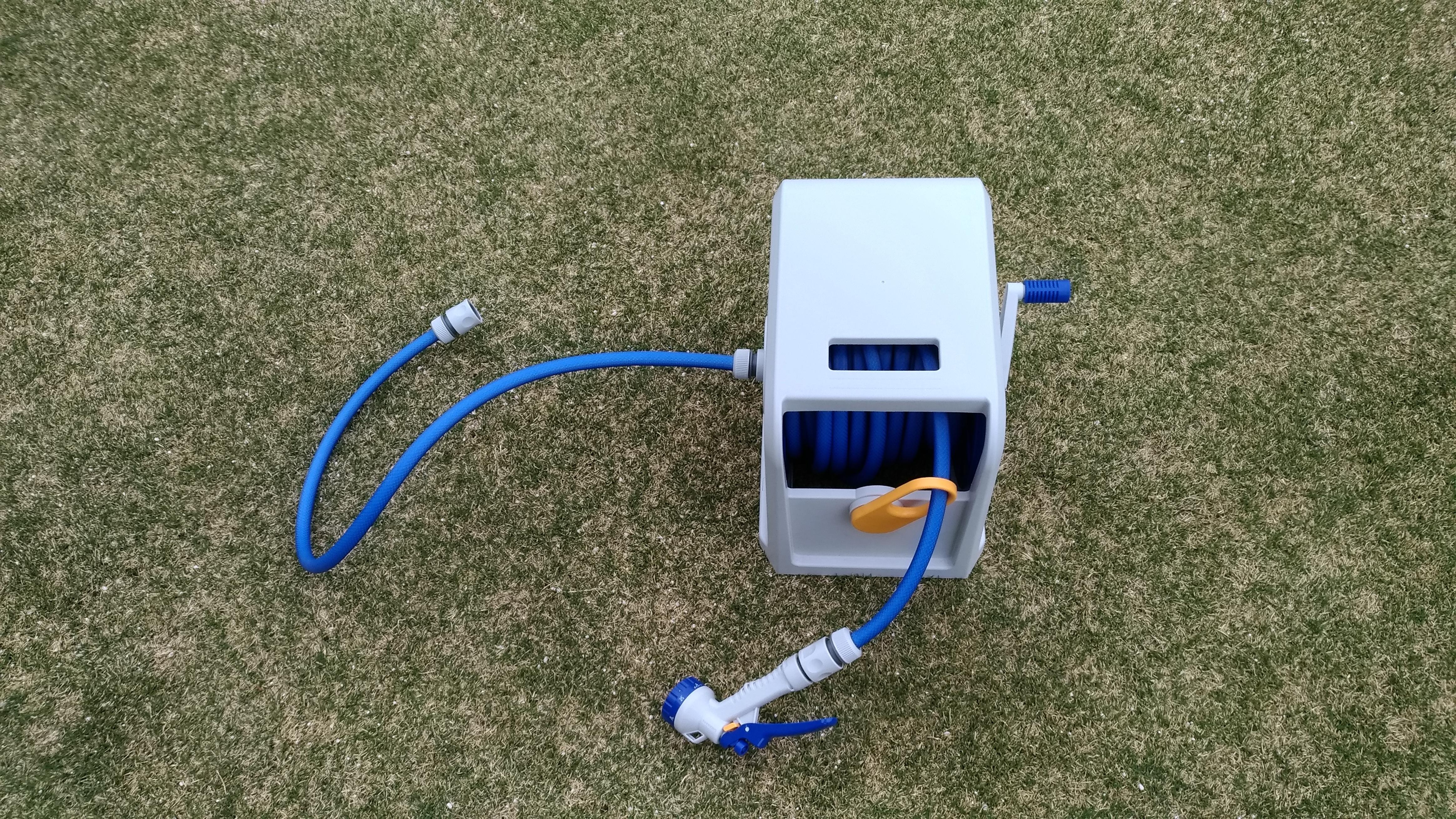 【レビュー】散水ホーズ ウェイビーキューブPRC-20GNで芝生に水やり🤗✨